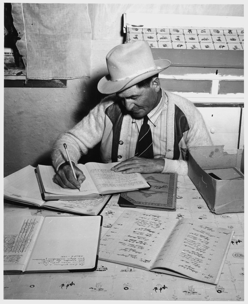 Taos_County,_New_Mexico._Foreman_of_Talpa_Ditch_Commission_-_NARA_-_521997